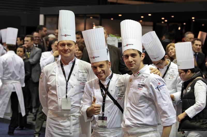 a magyar csapat Lyonban
