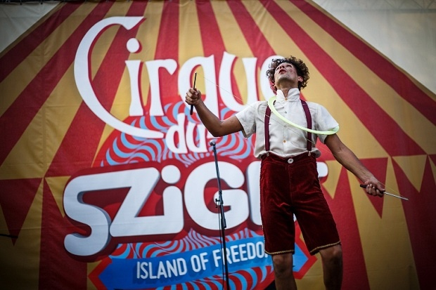www.facebook.com/festivalphotographers - photo: Zsolt Furesz