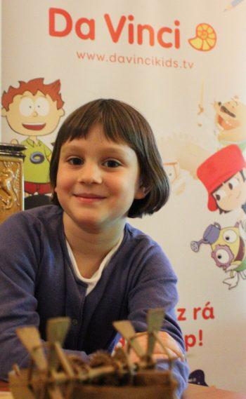 Az évek óta népszerű Da Vinci Kids Pizsamapartik a kisiskolások számára az  élmények kifogyhatatlan tárházát jelentik. A TV-csatorna tematikájához  igazodó ... d366cb09dc